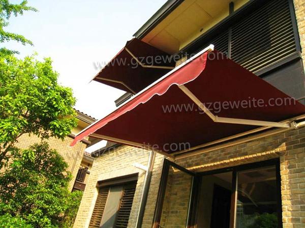 对比不同的遮阳篷材质有着不同优势