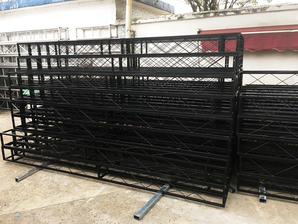 广东铁桁架